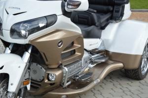 Honda Gold Wing GL1800 TRIKE BIAŁO-ZŁOTA (2012)